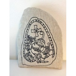 Runenstein Kissen